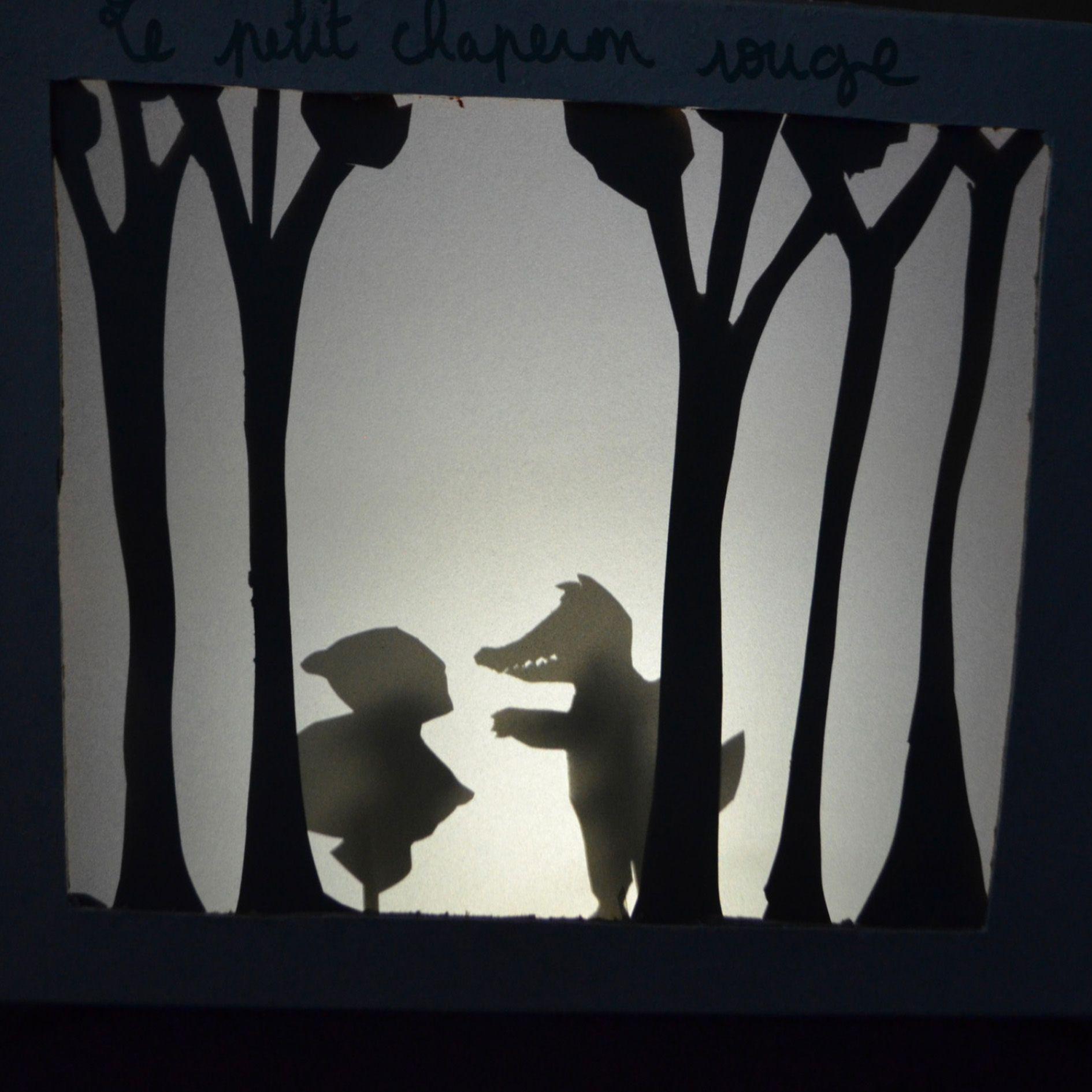 Boite à contes en ombres chinoises